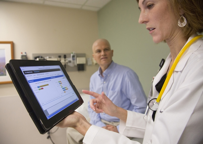 IBM-Watson-cancer-care-doctor-photo-Oct-2013-650x461