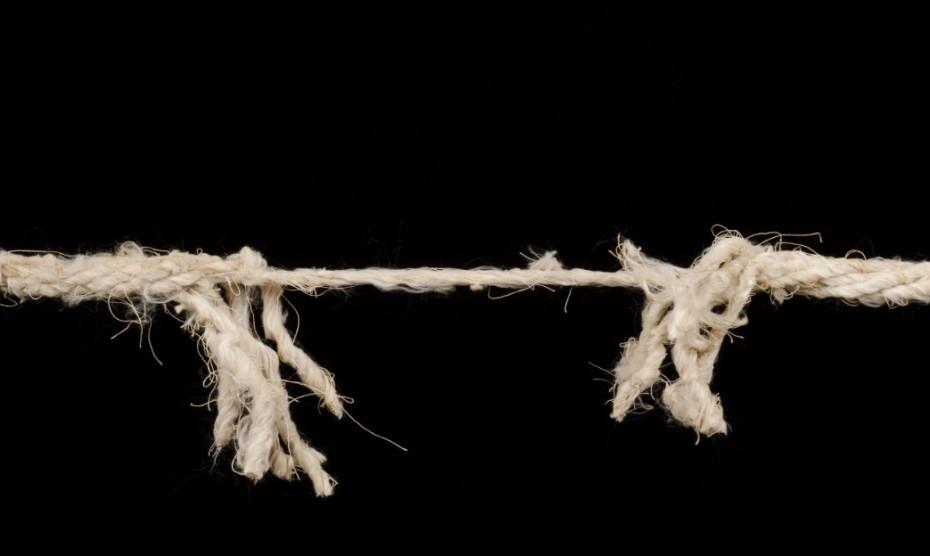 frayed-rope-930x556